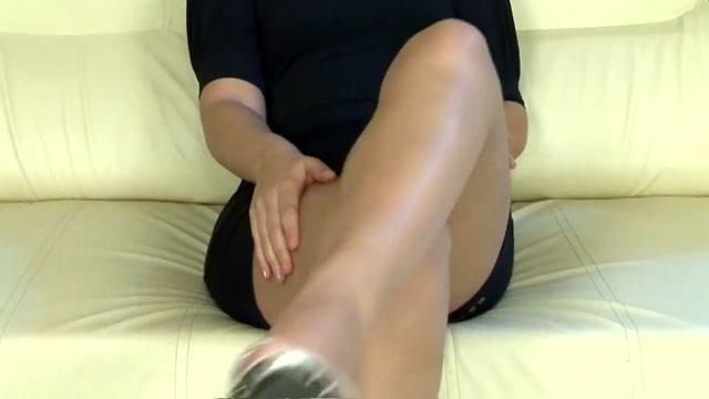 Chaude blondasse excitee du cul while sleeping girl porn