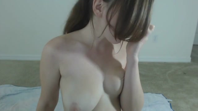 Lila's Hot And Sexy Body Dessert Webcam Tease!