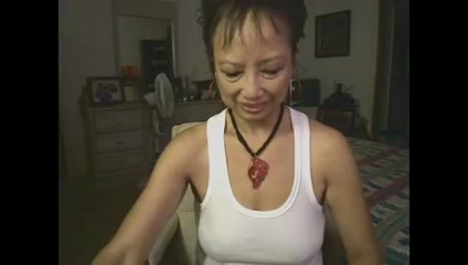 Asian granny camshow nude girls in loose pants