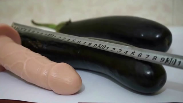 deep Fisting -39 cm aubergine Suny Leon Six Video