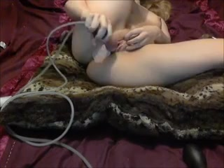 geiler Dildo Lesbian massage and oil rub and oral
