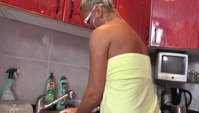 Mommy uses the Boy as She Pleases Naked girl takes a poop