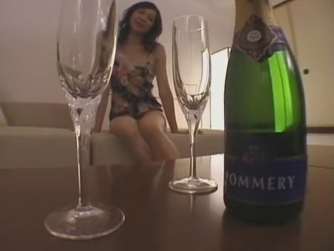 Fabulous Japanese model Natsumi Horiguchi in Crazy Cunnilingus, POV JAV clip 18 kt gold chains