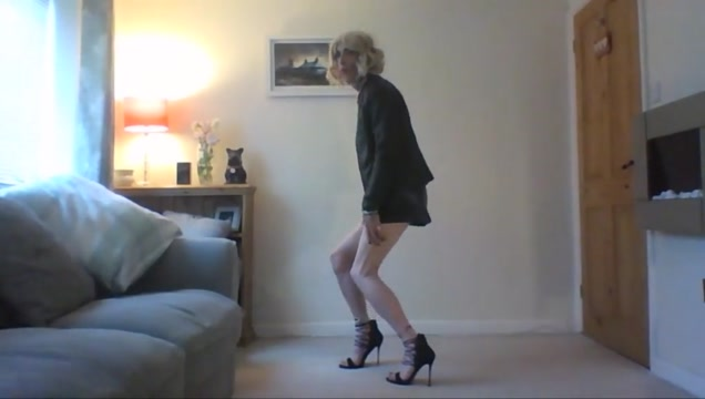 Showinf of my new heels and sexy skirt Call store threesome