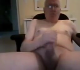 Grandpa stroke on webcam 2 Sex now on the first date