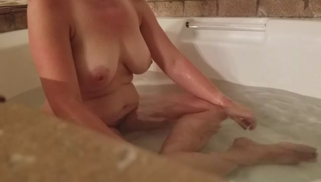 Wife in the bath free cam videos sex