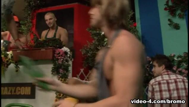 Denis Reed & Robert Driveman & Thomas Lee & Zack Hood in Guys Go Crazy #32: Garden Party Scene 1 - Bromo young japan girls nude