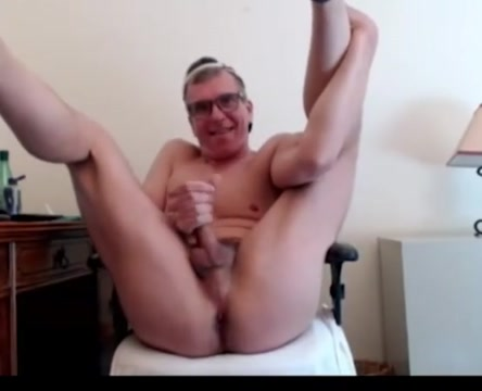 Chicago dad strokes his big cock Hungarian amateur mature get facial
