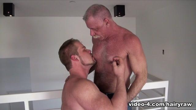 Bryan Knight and Scott Reynolds - HairyAndRaw Boy eating hot girl bady