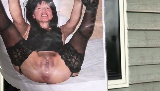 Window wanking fun! Sex dating ireland