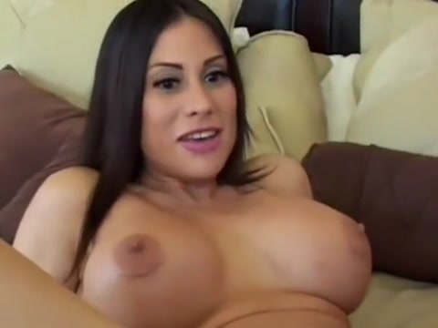 Chubby dark-haired cougar gets her anal hole penetrated Free homemade tube