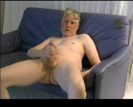TPV - masturbating on a sofa and orgasms mein erstes mal sex