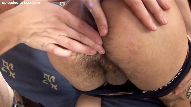 Hot muscle guy fucks twink - Shopping mall masturbation video