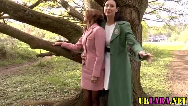 Mature brit lesbians lick