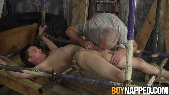 Sebastian Kane & Eli Manuel in Sebastian Kane tries his new contraption on Eli Manuel - BoyNapped Joey yung scandal