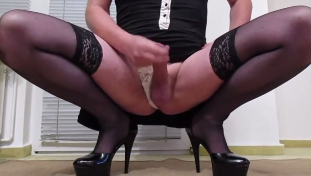 Sissy tina in high heels playing with clit