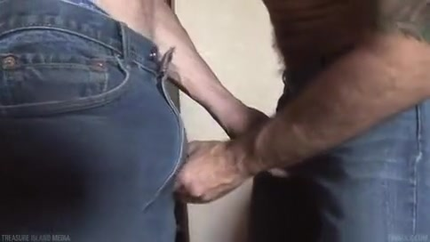 Fabulous amateur gay movie with Men, Blowjob scenes Housewifes first threesome