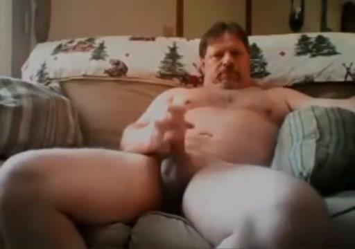 Beefy on couch 9817 nude sex kareena kapoor