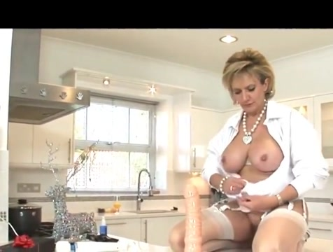 British MILF Tries Out Her New Dildo