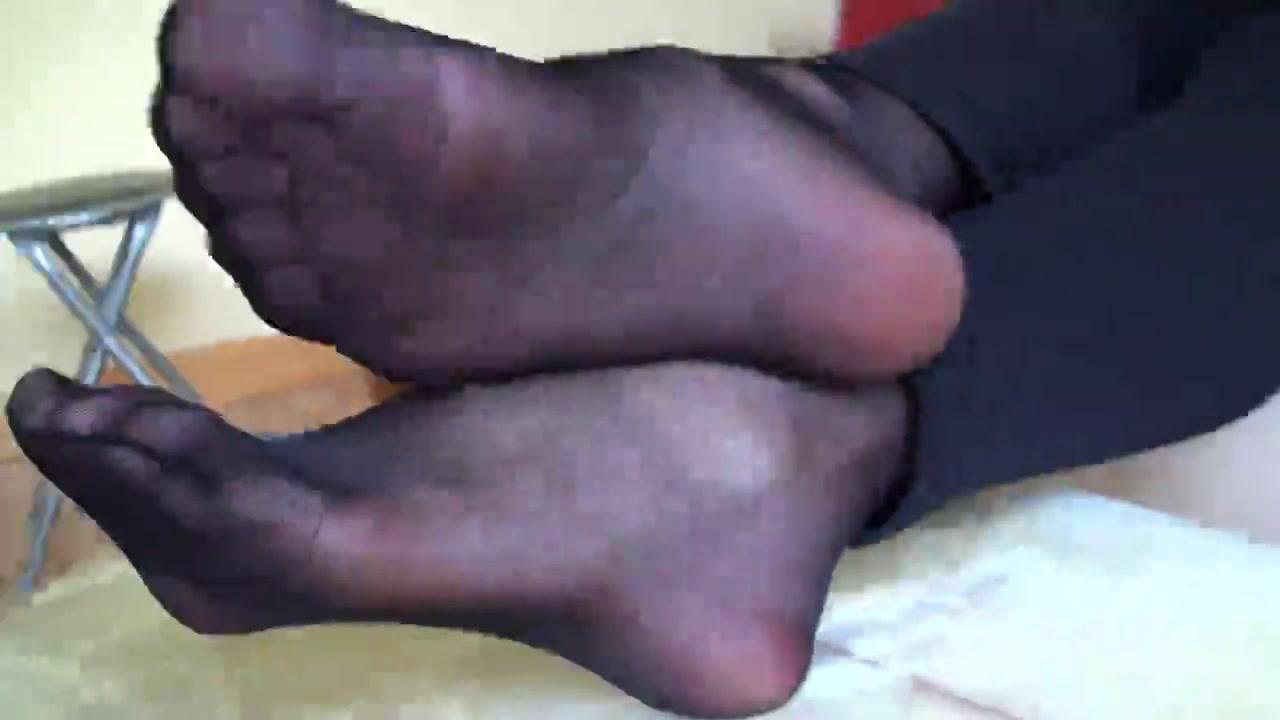 Nylon Feets 36 plus size lingerie avenue