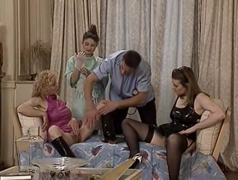 Amazing homemade Blowjob, Cumshots xxx scene How to stay friends after a breakup