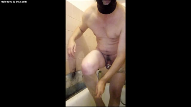 Replacing the ring on a metal cage with a smaller size. Cougar xxx tube