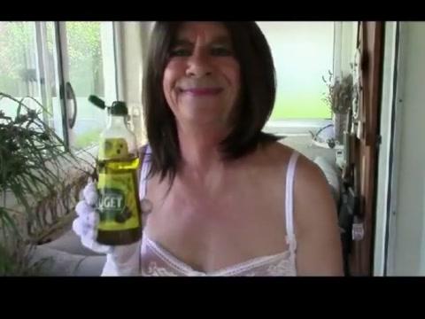 Clito huile entre les cuisses pour estheve Raunchy nude couples pics