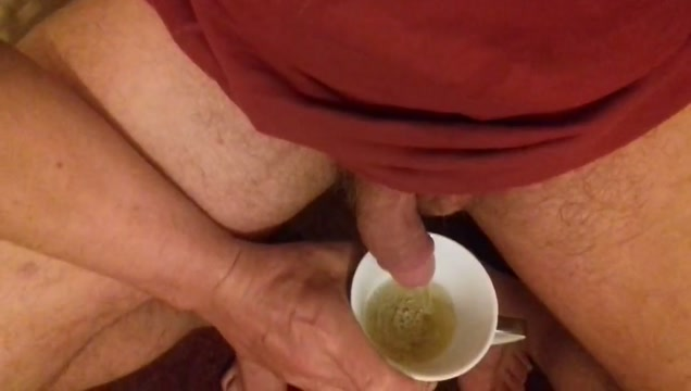 Drinking my fresh PISS XXX Eating out ebony pussy