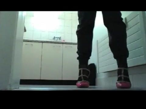 Crosdressing webcam Ebony puke nude pic