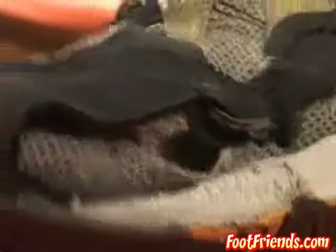 Jeremy in A long haired hunk dude takes shoes off and rubs tired feet - FootFriends bald asain pussy videos