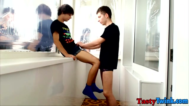 Maxim & Artem in Skinny butt munchers Maxim and Artem have bareback anal fun - TastyTwink Teen chicks getting fucked