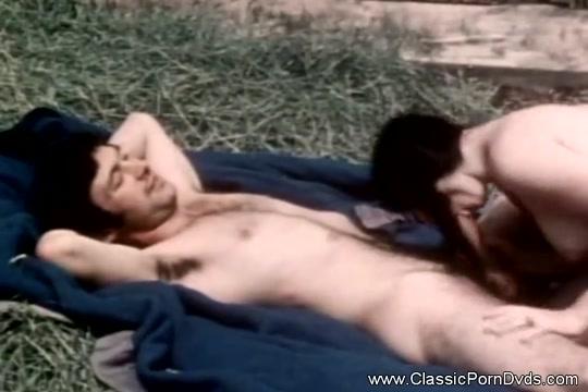Noon Time Sex Break Outdoor Sexy Lesbian Latinas Fucking