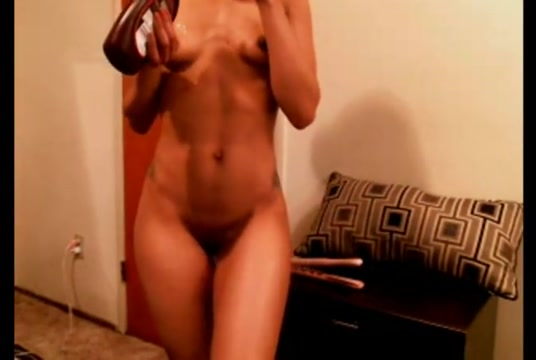 Perfect booty lightskinned girl chocolate syrup Spraying cock old nudist