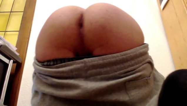Little Twinks Assshow his uncut cock stunk