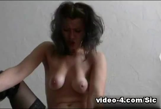 Hot latex porn video with sexy girl riding a huge dildo What age is appropriate for dating speech