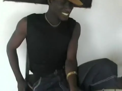 Best amateur Black and Ebony xxx clip Mouthful of pussy
