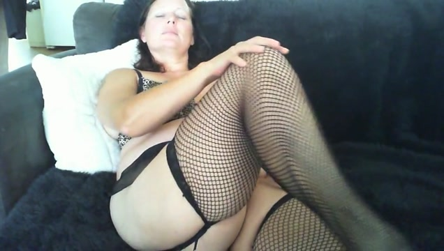 Ruth comes in fishnets