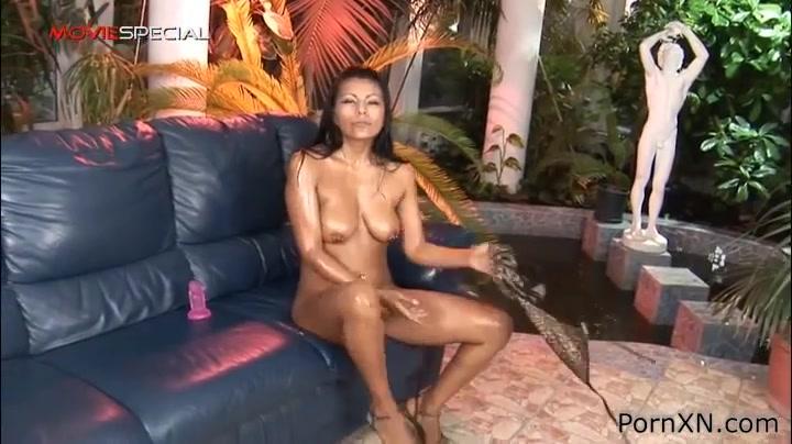 Yoha Galvez in PornXN video:Huge Insertion