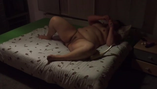 Bbw enjoying herself Www Freeporn Net