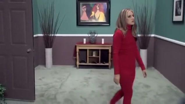 Chelsie gangfucked by a wild girls Jordan one royal