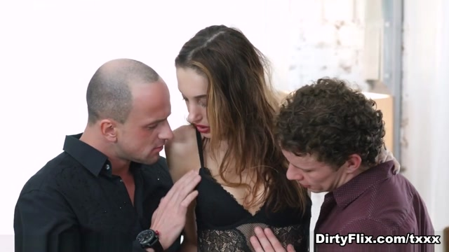 Hazel Dew & Randy & Yan in Selfie Lover Double Creampie - DirtyFlix Hot long cock fuck adult puusy