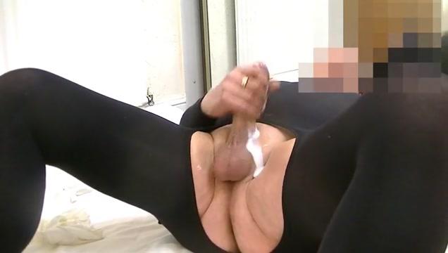 Wanking in black bodystocking no knickers extrait video black xxx