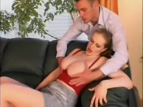 Hot chubby babe with big tits - flow1.co.vu Caught On Cyber