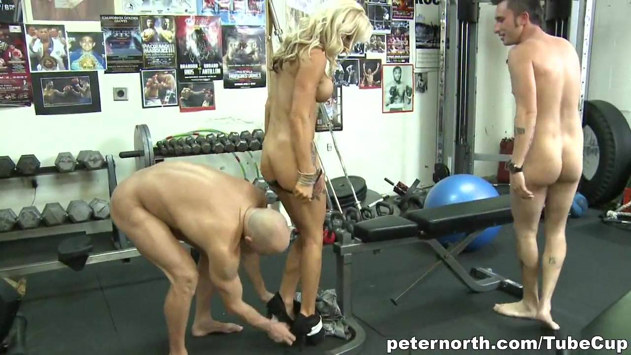 Blonde MILF fucked by two peckers at once white girl love big cock
