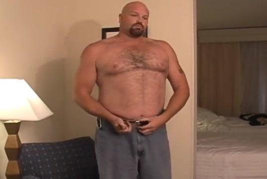 Big bear strip jo shower i want ot download free sex video full movie