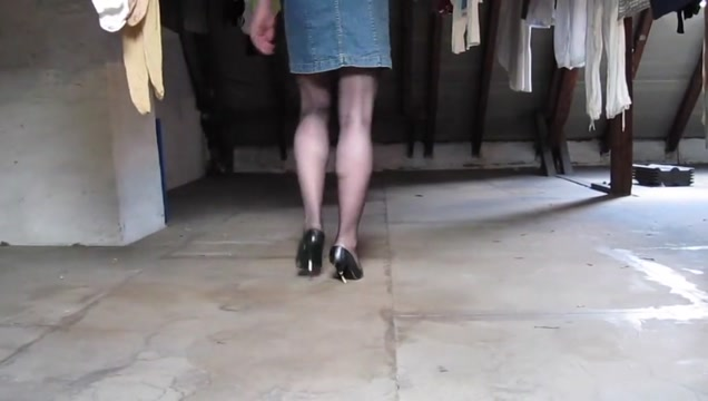 I cum in the dress and nylons of the neighbor on the dry soi eacher has threesome with two lucky students
