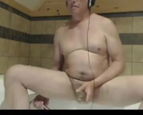 Grandpa stroke on webcam 1 Naked gay men jacking off