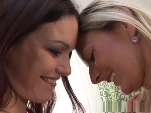 Incredible pornstars Georgina Lewis and Vanessa Jordin in hottest blowjob, redhead adult video donne che si leccano la figa in webcam