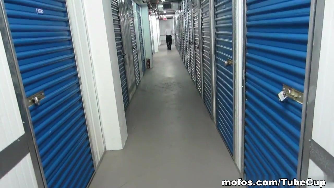 Mofos - Streaking The Storage Locker Dating website spam