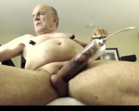 Grandpa play on webcam Need a wife to marry